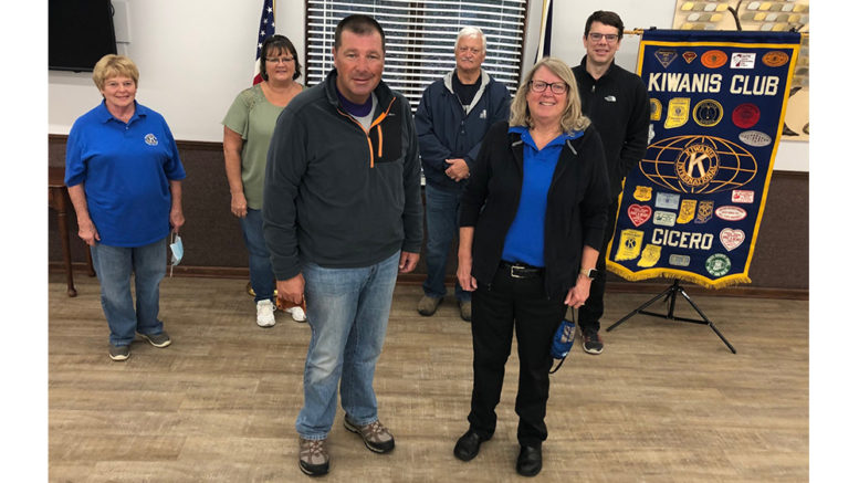 Cicero Kiwanis inducts new officers, welcomes special guests